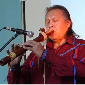 Speaker - Tiokasin Ghosthorse   Summit-Flute